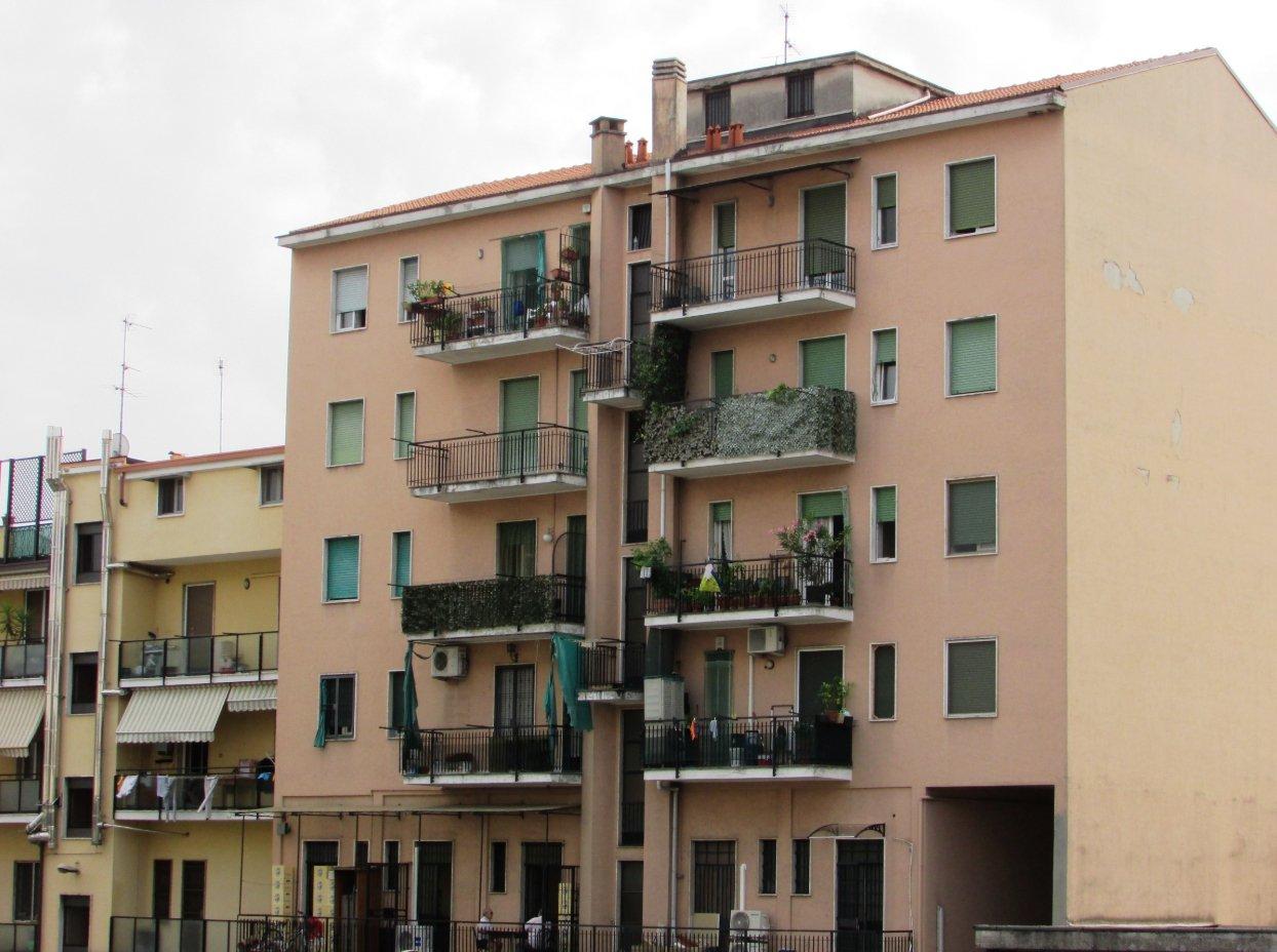 Trilocale in Vendita  a Brugherio viale Lombardia – E 312